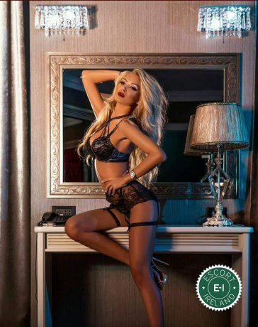 Meet Tania in Cork City right now!