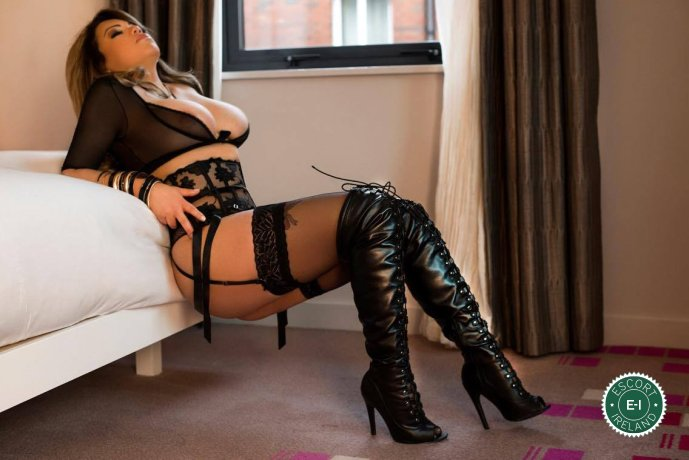 Sapphire is a hot and horny Venezuelan Escort from