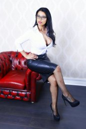 Book a meeting with Sophie in Dublin 24 today