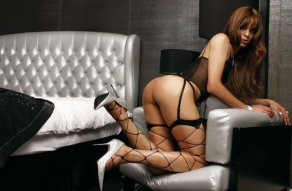 TV Arielle - escort in Belfast City Centre